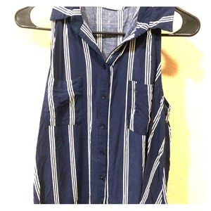 Collared Sleeveless  Striped Blouse